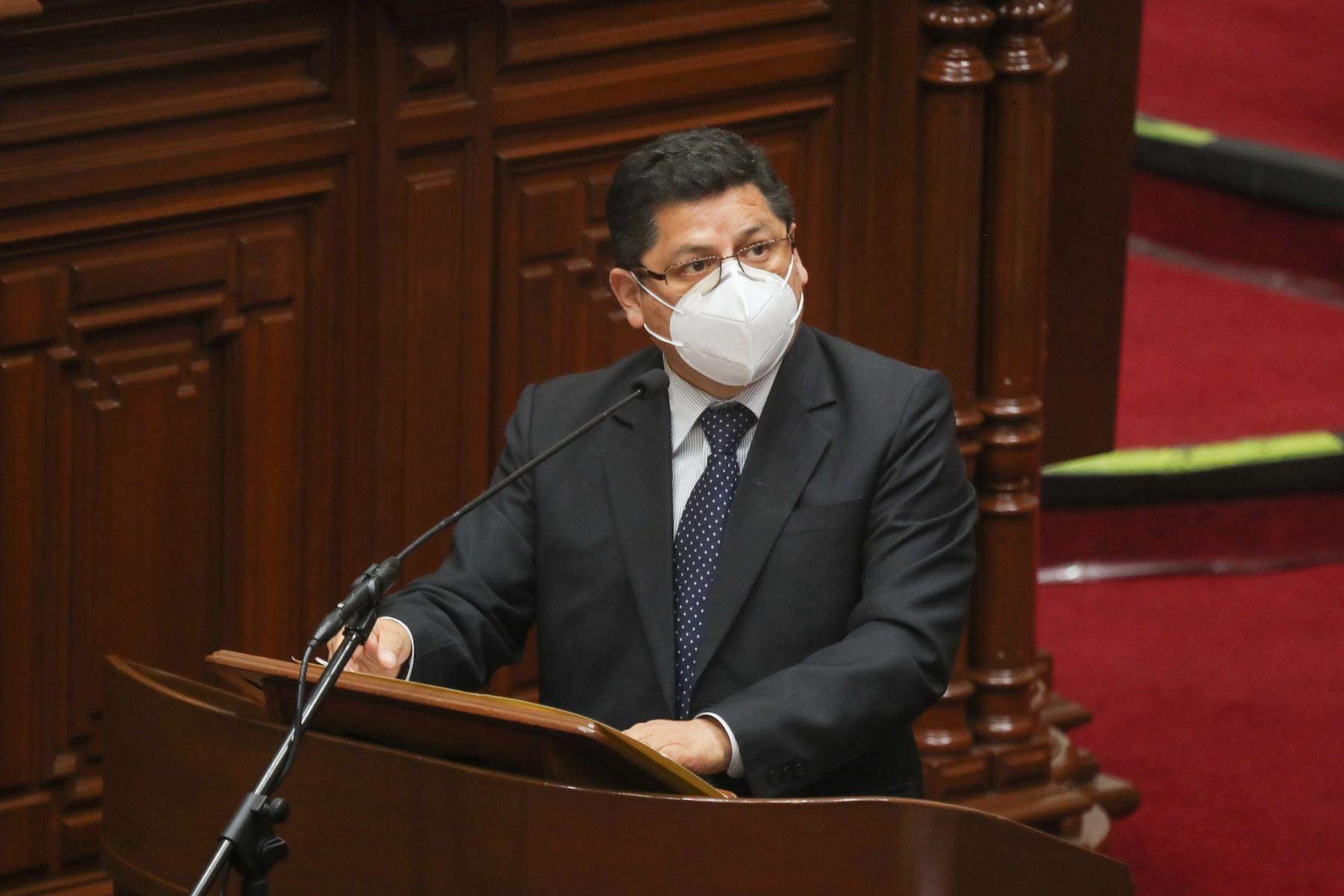 Eduardo Vega, ministro de Justicia y Derechos Humanos expone ante el pleno del Congreso para sustentar el presupuesto del sector público 2021.Foto: ANDINA / PCM