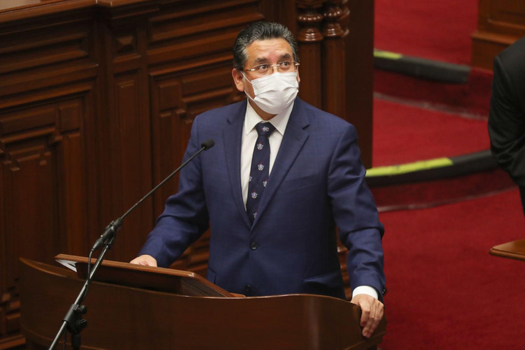 Rubén Vargas, ministro del Interior, expone ante el pleno del Congreso para sustentar el presupuesto del sector público 2021.  Foto: ANDINA / PCM
