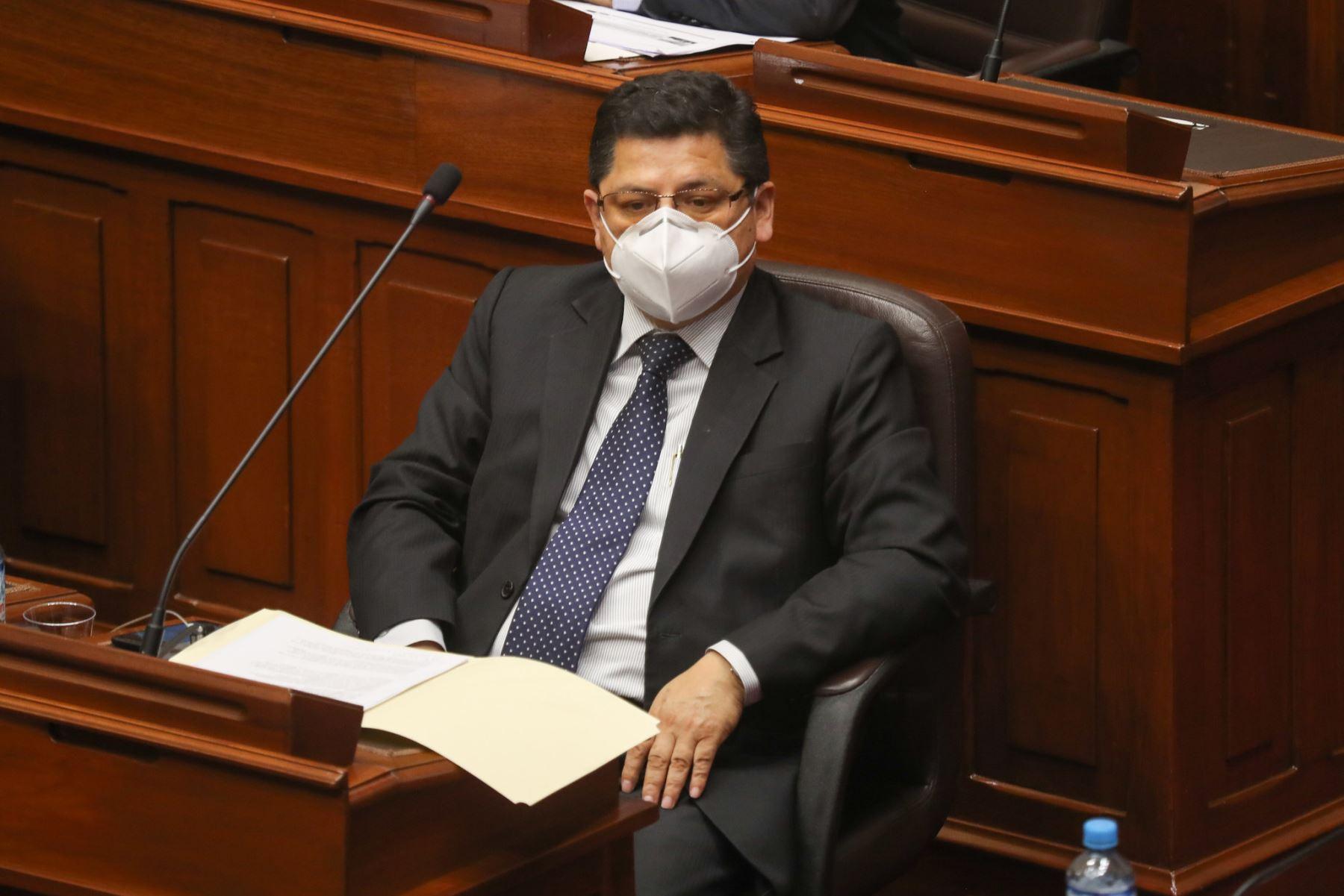 Eduardo Vega, ministro de Justicia y Derechos Humanos ante el pleno del Congreso para sustentar el presupuesto del sector público 2021.  Foto: ANDINA / PCM