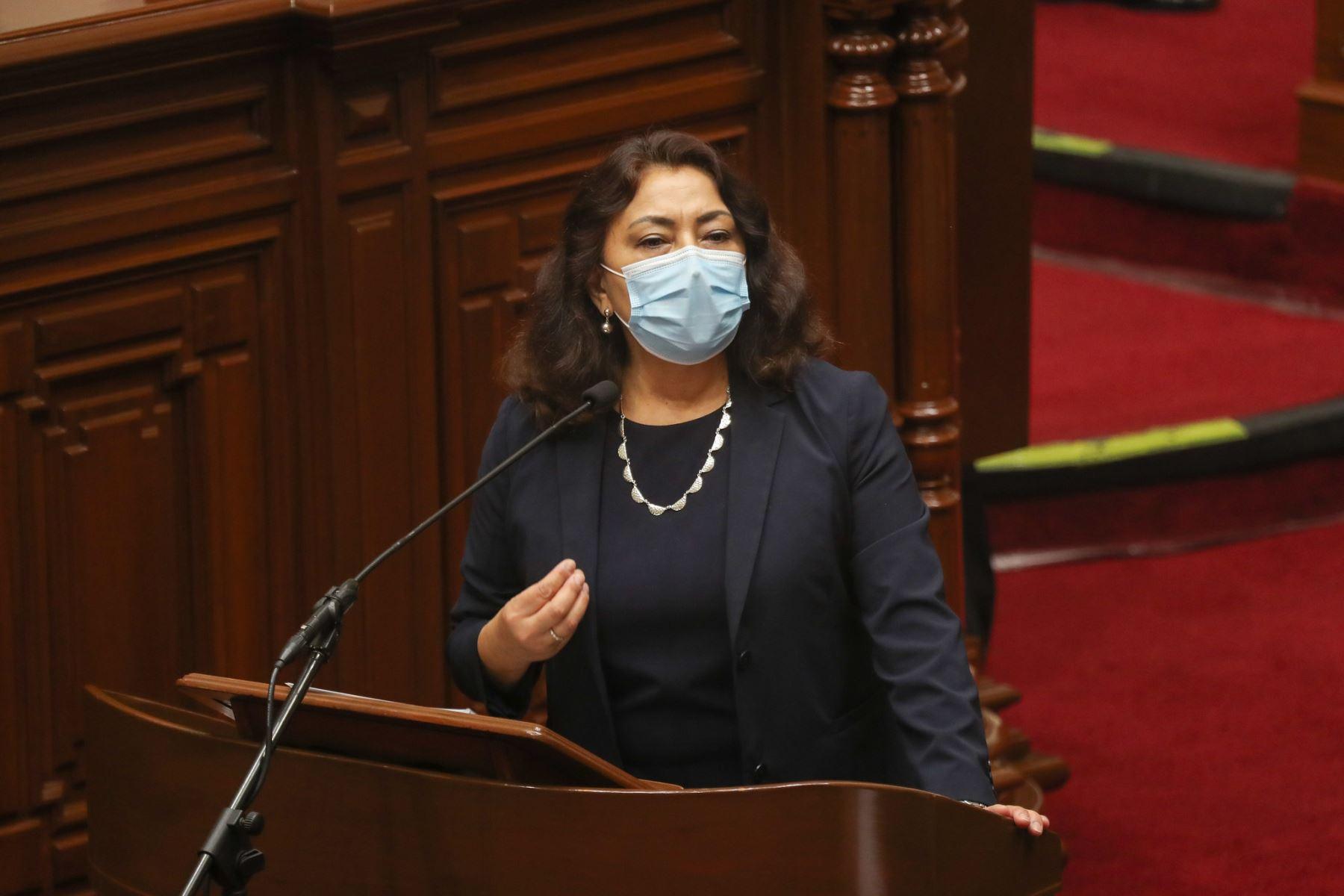 Premier Violeta  Bermúdez expone ante el pleno del Congreso para sustentar el presupuesto del sector público 2021.  Foto: ANDINA / PCM