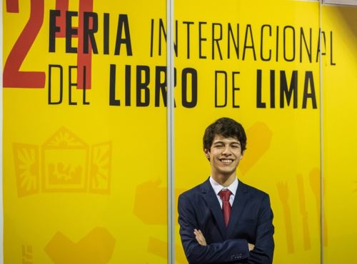 Designan a Santiago Mena como el primer joven embajador para la propiedad intelectual, informó Indecopi.