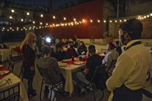 Coronavirus: EEUU celebra Acción de Gracias bajo la sombra de la pandemia