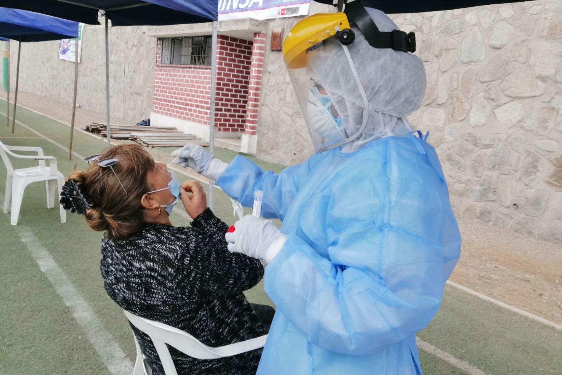 Covid-19: Perú reporta 831 contagios y 35 fallecidos en 24 horas