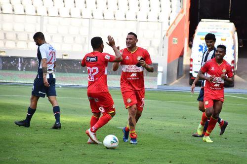 Alianza Lima pierde  2 a 0  ante el club Sport Huancayo y  lucha su permanencia en la Liga 1