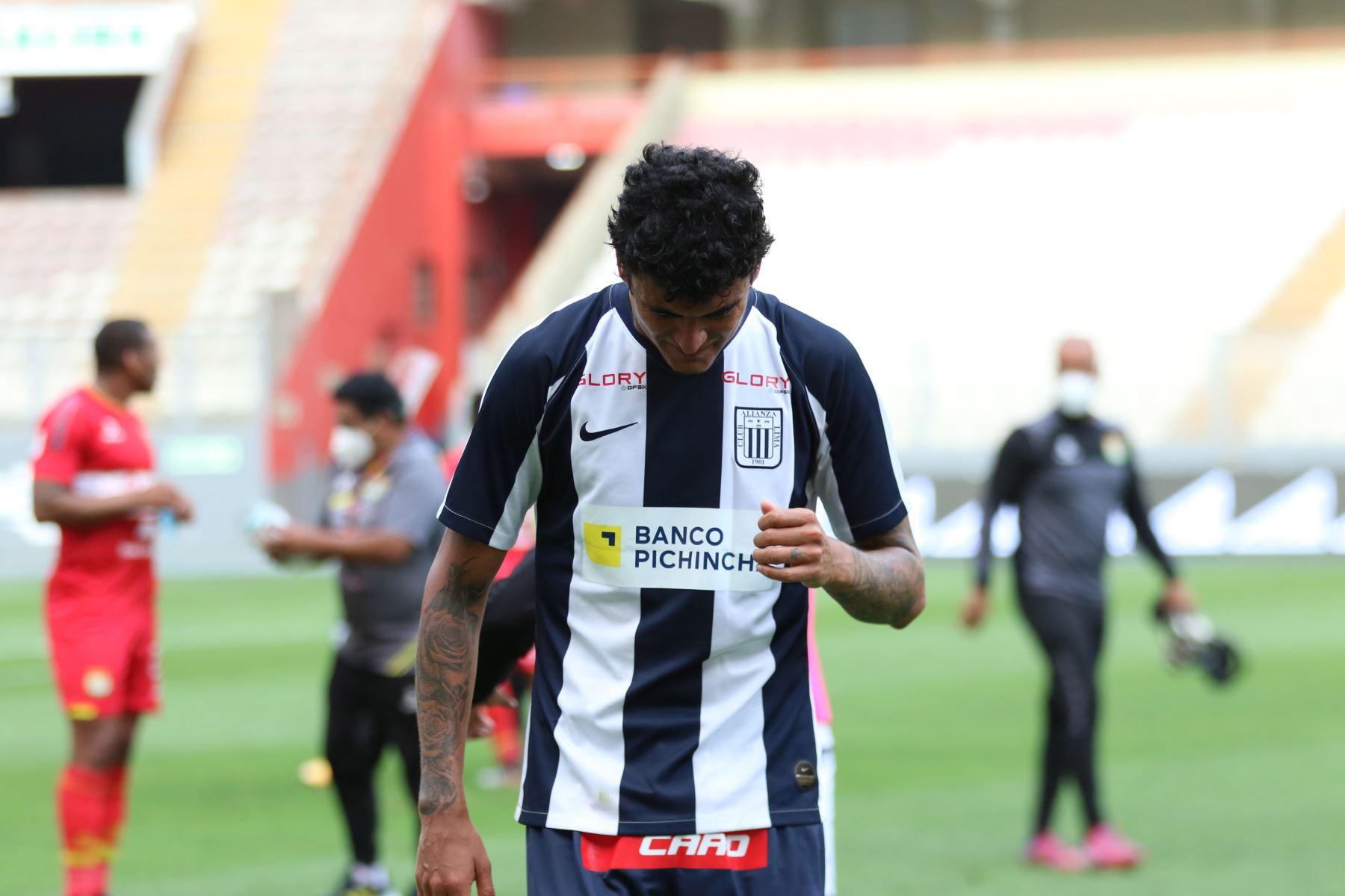 Alianza Lima cayó por dos goles a cero frente a Sport Huancayo en el Estadio Nacional y perdió la categoría al quedar en el puesto 18 del torneo. Foto: @LigaFutProf