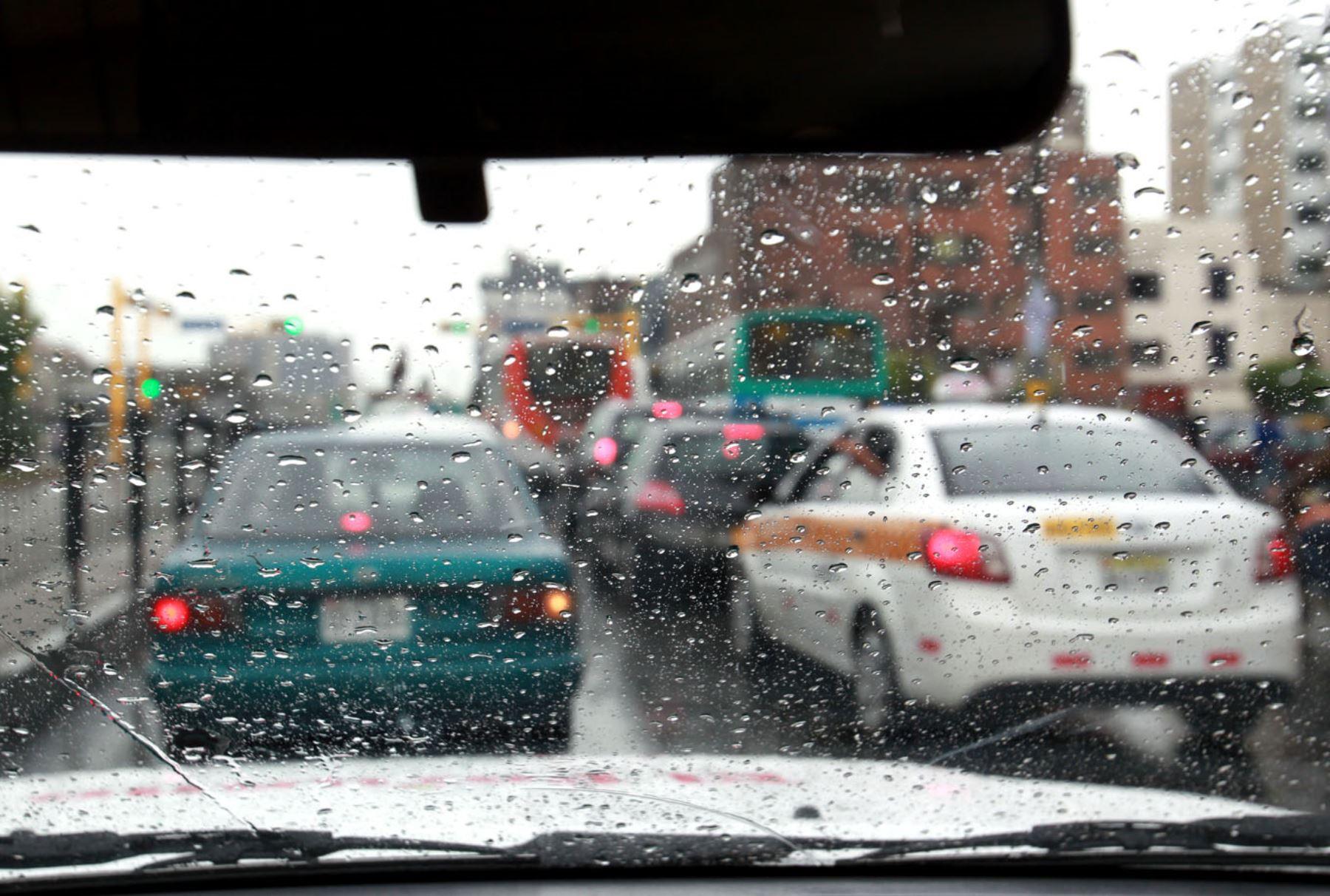 Las lluvias de verano se caracterizan por ser gotas gruesas de corta duración, precisó el Senamhi. Foto: ANDINA/Archivo
