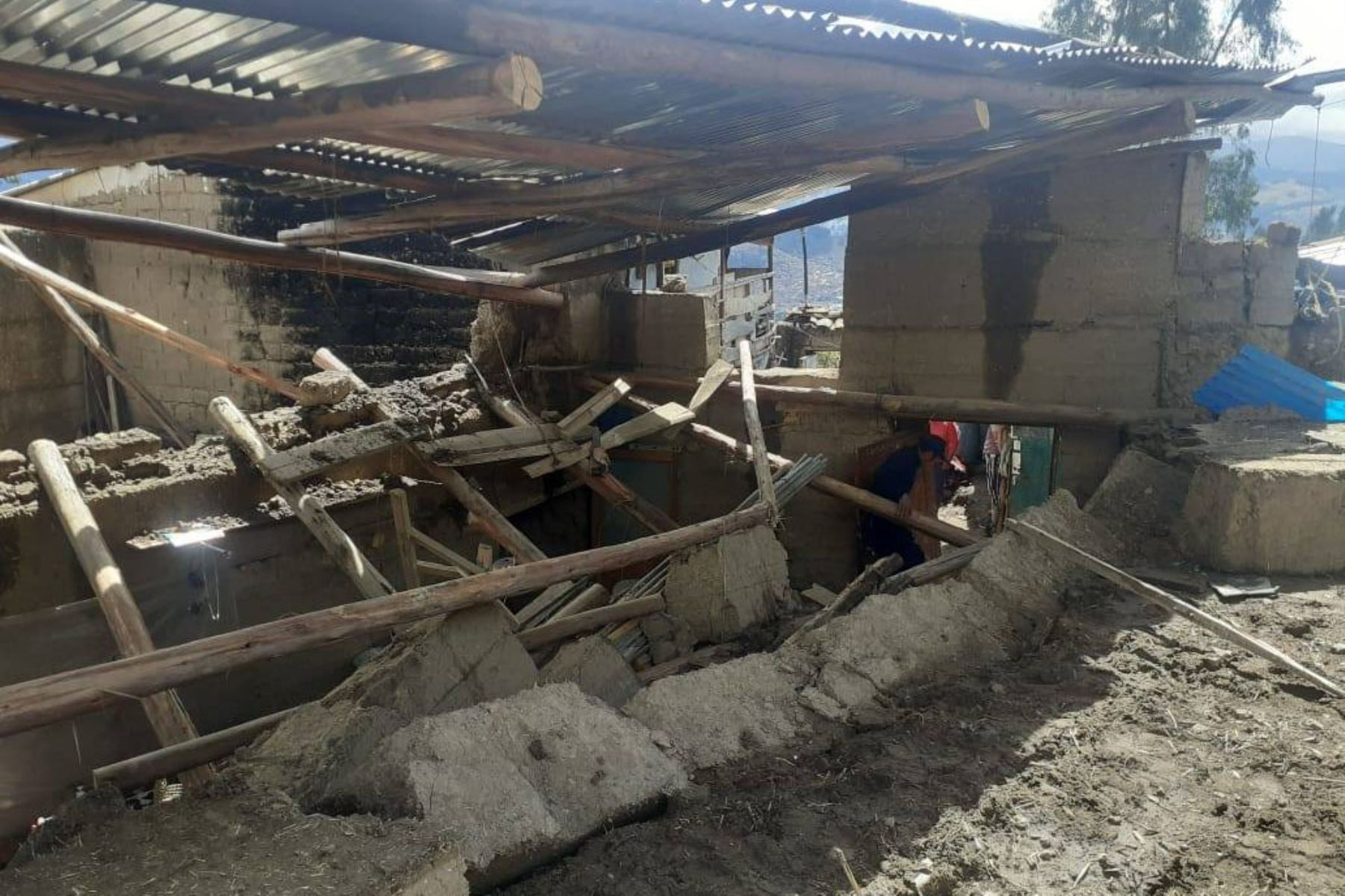 Derrumbe de vivienda por lluvias intensas deja un muerto en Áncash |  Noticias | Agencia Peruana de Noticias Andina