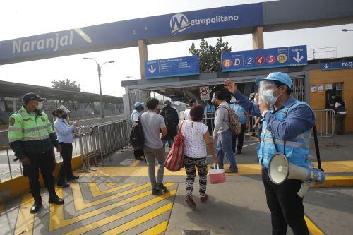 Metropolitano suspende de manera parcial su servicio