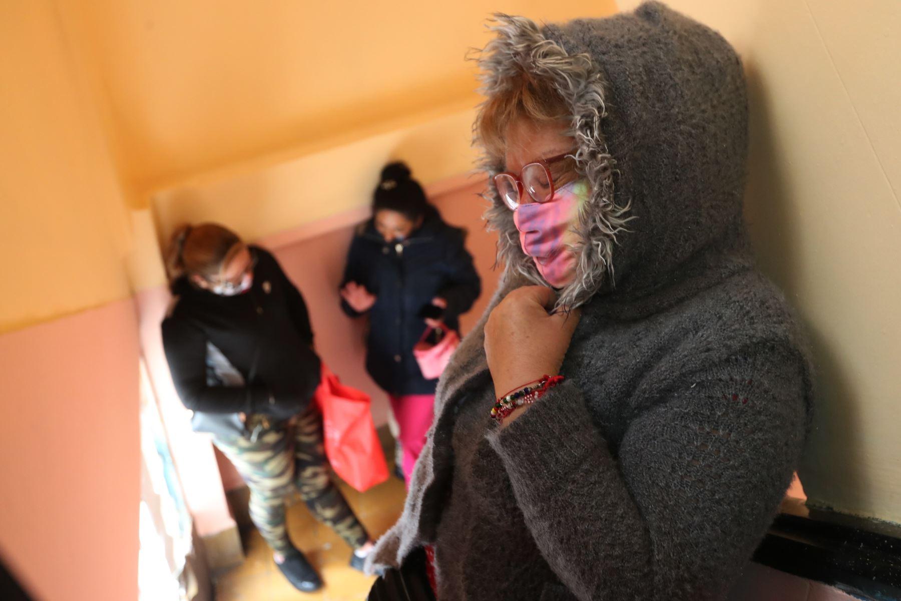 Pacientes con VIH preocupados por la falta de fármacos y el miedo a la covid-19. Foto: EFE