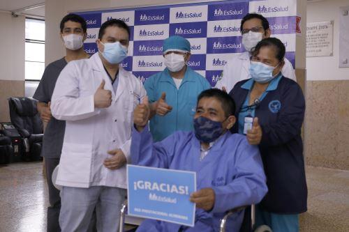 EsSalud: Exitosa operación en hospital Almenara logra reconstruir tórax de paciente diabético