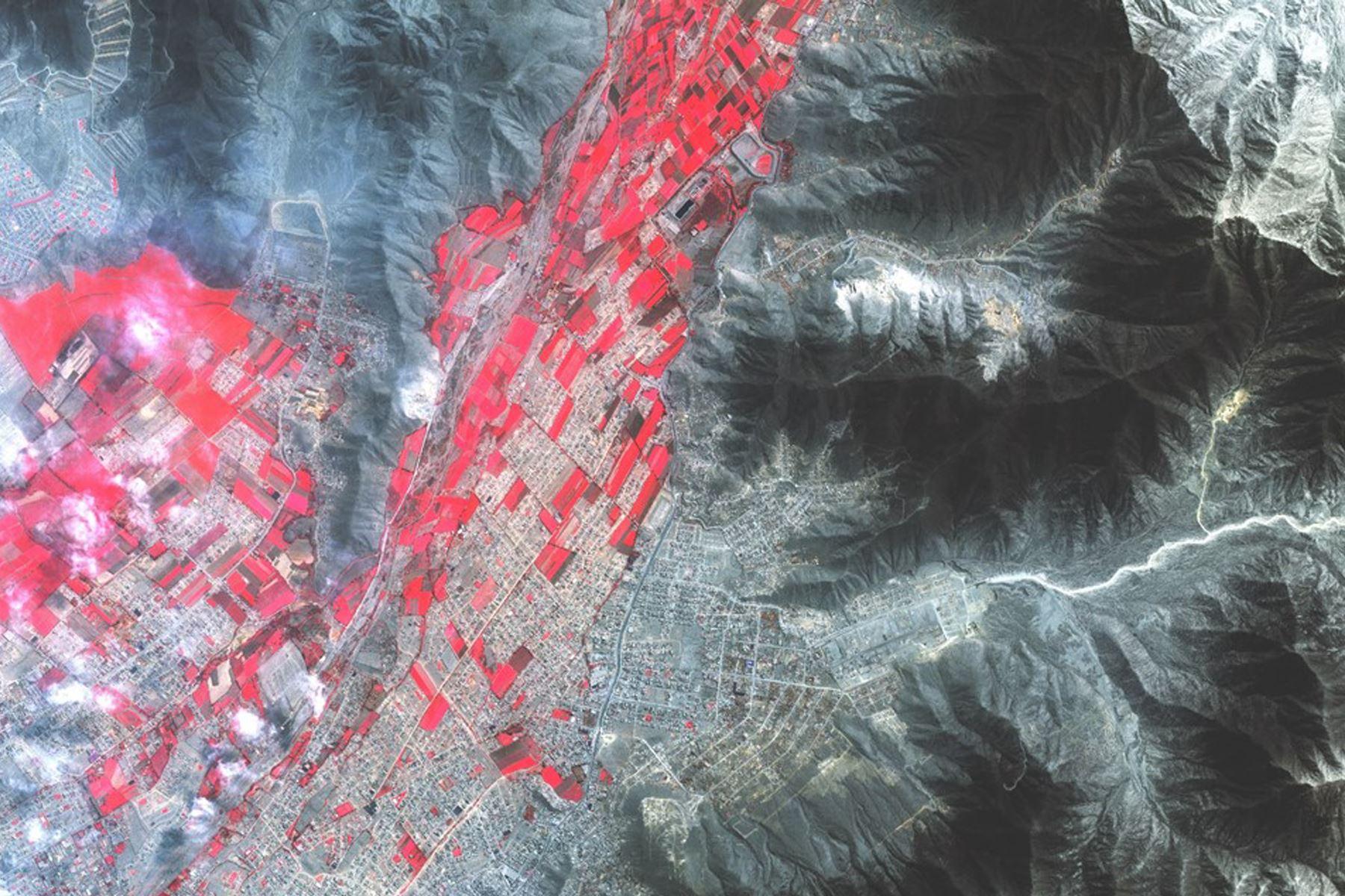 Se busca desarrollar una metodología para la generación de cartografía catastral con las imágenes del PerúSAT-1. Foto: Conida