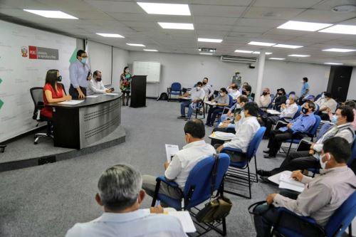 Ministro de Agricultura se reúne  con representantes de las Juntas de Usuarios de los Sectores Hidráulicos de Riego del Perú