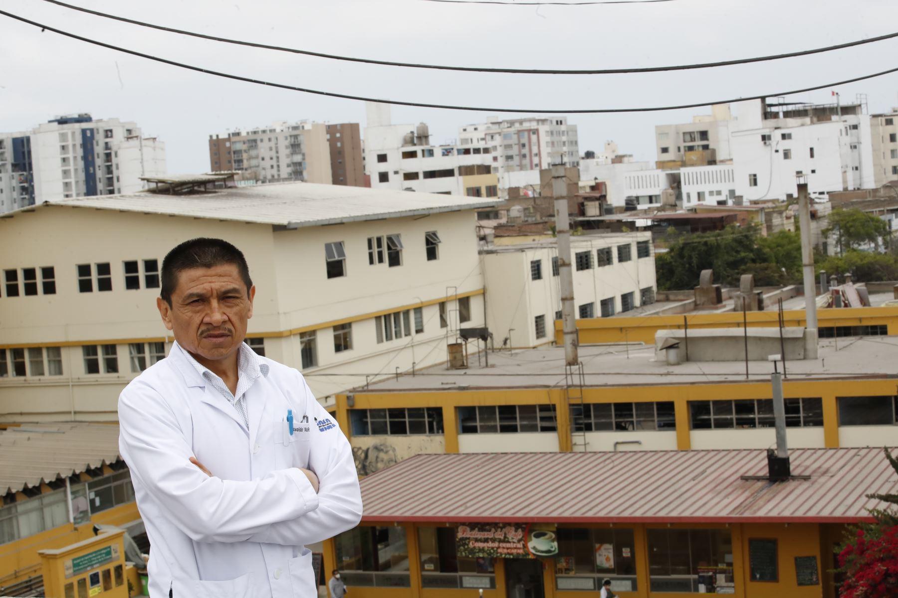 Dr. Oswaldo Núñez, médico asistente del servicio de Endocrinología y Metabolismo.Foto: ANDINA / Juan Carlos Guzmán Negrini