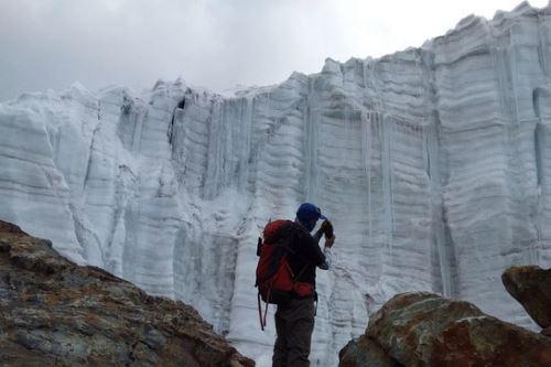 Expertos del Inaigem estudiarán núcleos de hielo del nevado Pastoruri (Áncash) para conocer cómo fue el clima en el pasado. Foto: ANDINA/Difusión