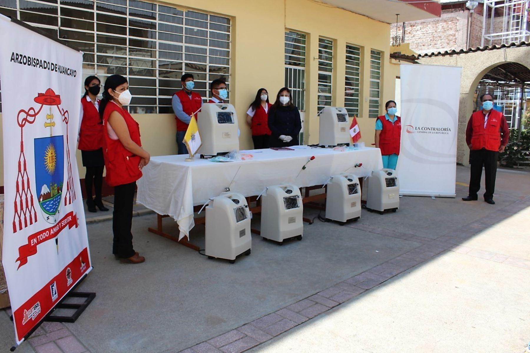 Concentradores de oxígeno donados por servidores de la Contraloría darán atención gratuita a pacientes covid-19 de la región Junín.