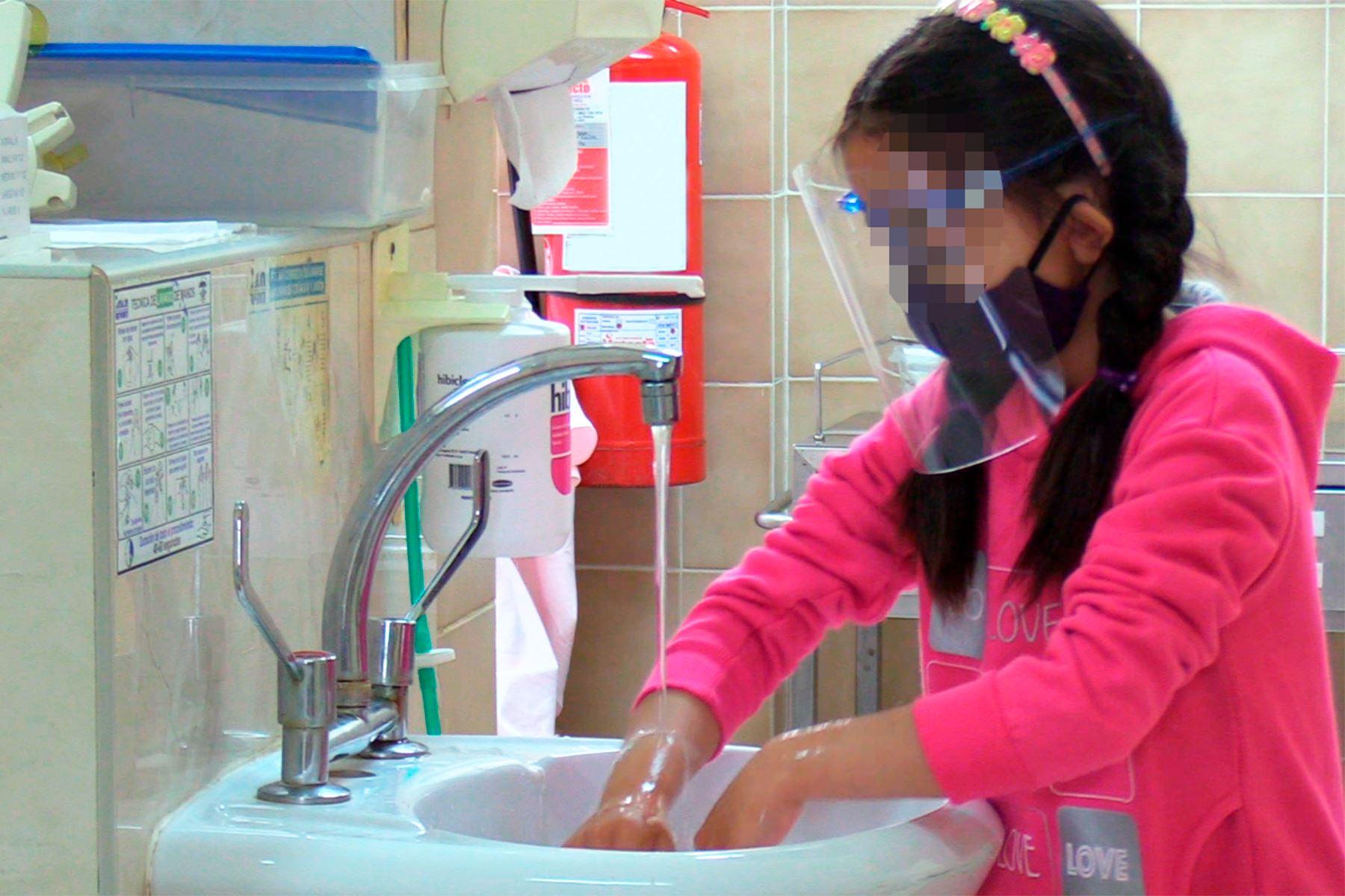 En lo que va del año, 70 niños y adolescentes han sido hospitalizados en el Instituto Nacional de Salud del Niño-Breña. Foto: ANDINA/INSN.
