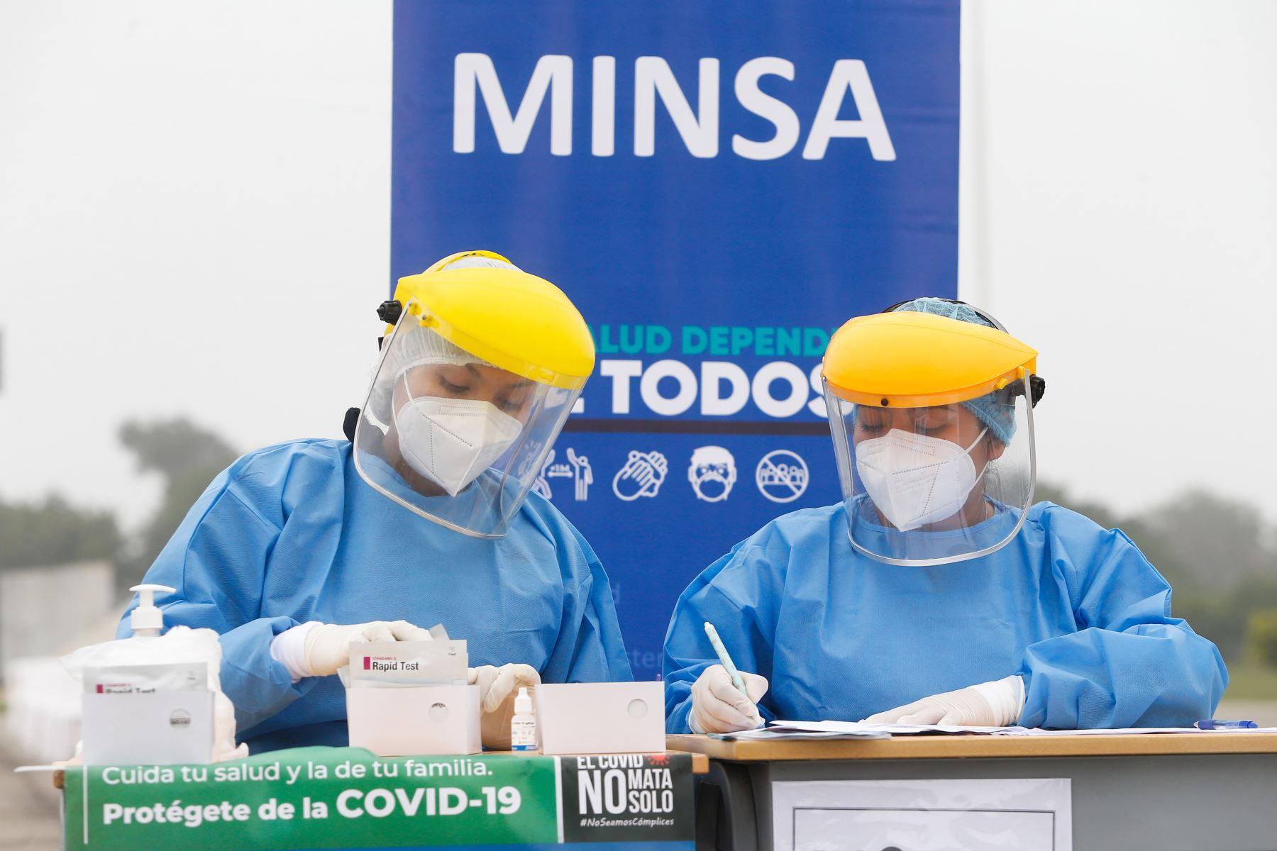 Los centros y puestos de salud tienen que ser mejorados para atender de forma temprana los casos de covid-19. ANDINA/MInsa