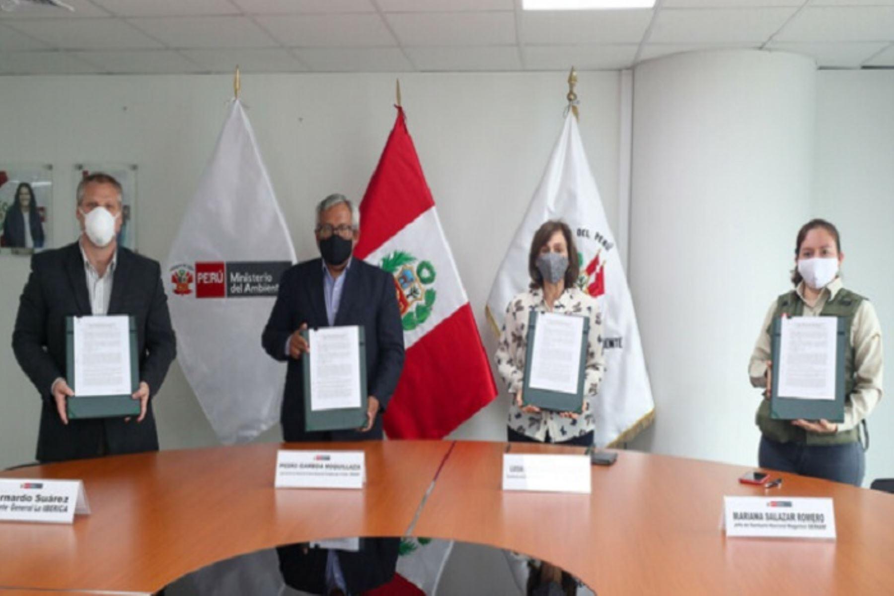 Acuerdo contribuirá también a la comercialización, a precio justo, del cacao nativo proveniente del santuario nacional Megantoni.