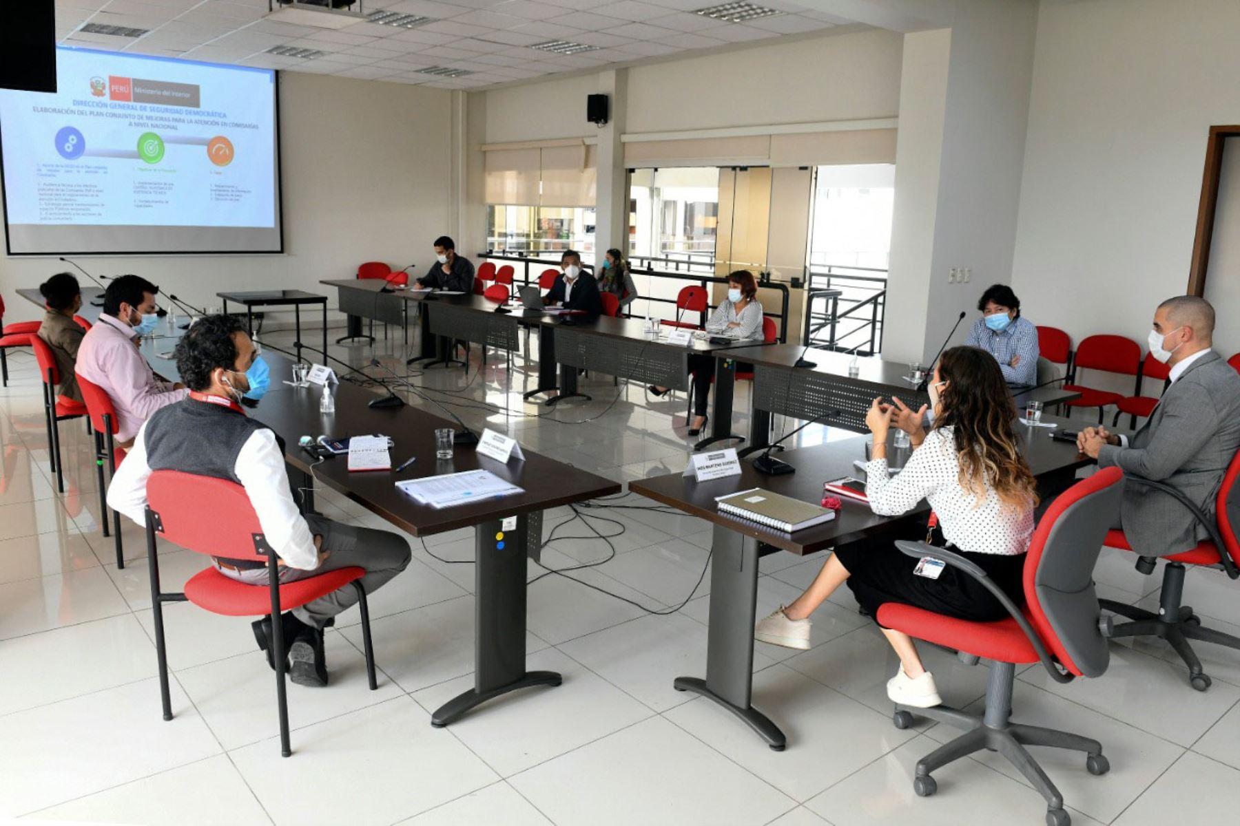 """La mesa de trabajo instalada se denomina """"Plan conjunto de mejoras para la atención en comisarías a nivel nacional"""". Foto: ANDINA/Difusión"""