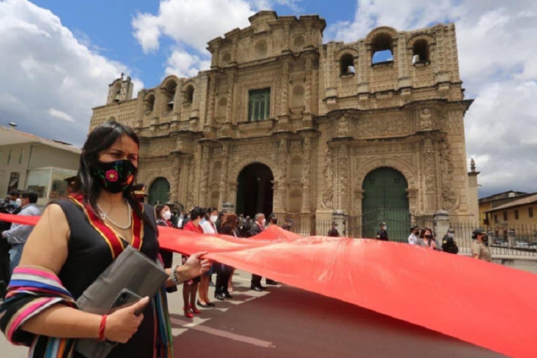 Cajamarca conmemoró los 200 años de su independencia con ceremonia y paseo de bandera. Foto: Gobierno Regional de Cajamarca.