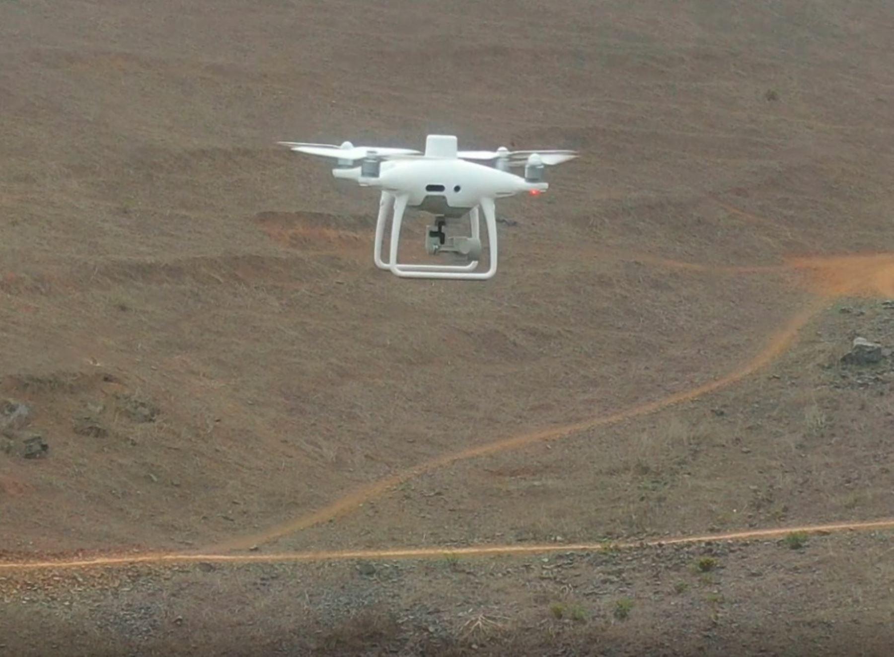 con-ayuda-de-drones-supervisan-presas-de-relaves-mineros-ante-aumento-de-lluvias