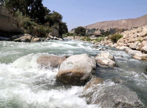 Proyecto científico evaluará el impacto del uso masivo de la ivermectina en el medio ambiente. El estudio se realizará en diversos ríos de Lima y otras regiones.