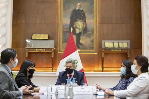 Presidente Sagasti sostuvo una reunión de trabajo con los integrantes de la Mesa Directiva del Congreso