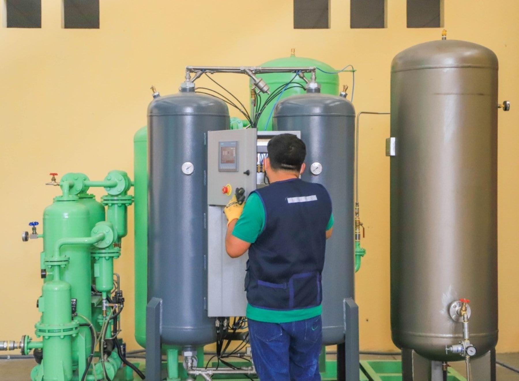 Diresa Áncash da el visto bueno para el funcionamiento de una planta de oxígeno en Chimbote ante el incremento de casos de coronavirus (covid-19). ANDINA/Difusión