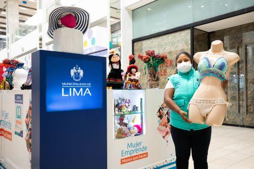 Municipalidad de Lima presenta módulo de Mujer Emprende en el Jockey Plaza
