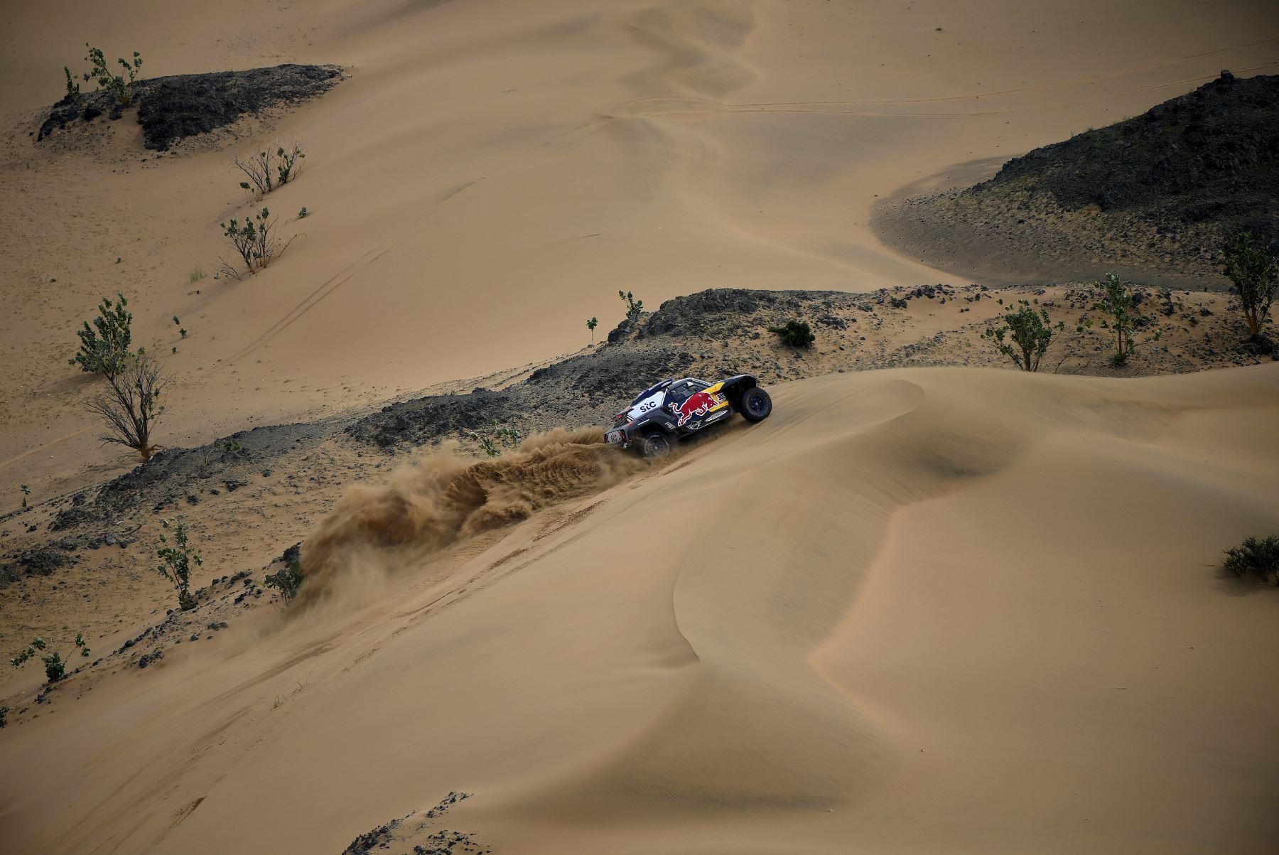 Las mejores imágenes de la etapa 11 del Dakar 2021 Foto: AFP