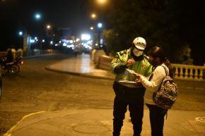 La Región Policial Lima será muy estricta en la aplicación de la ley que establece el toque de queda en Lima Metropolitana y Callao a partir de las 21:00 horas desde hoy 15 de enero. Foto: Cortesía Diego Ramos