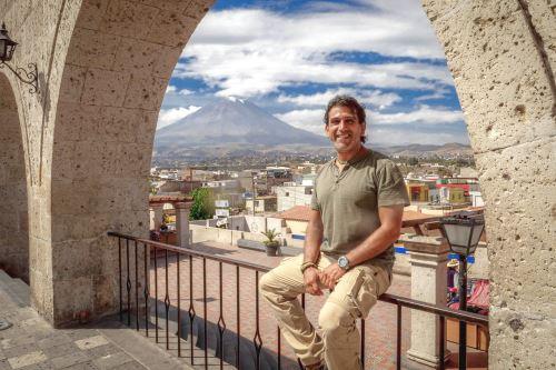 Manolo del Castillo.