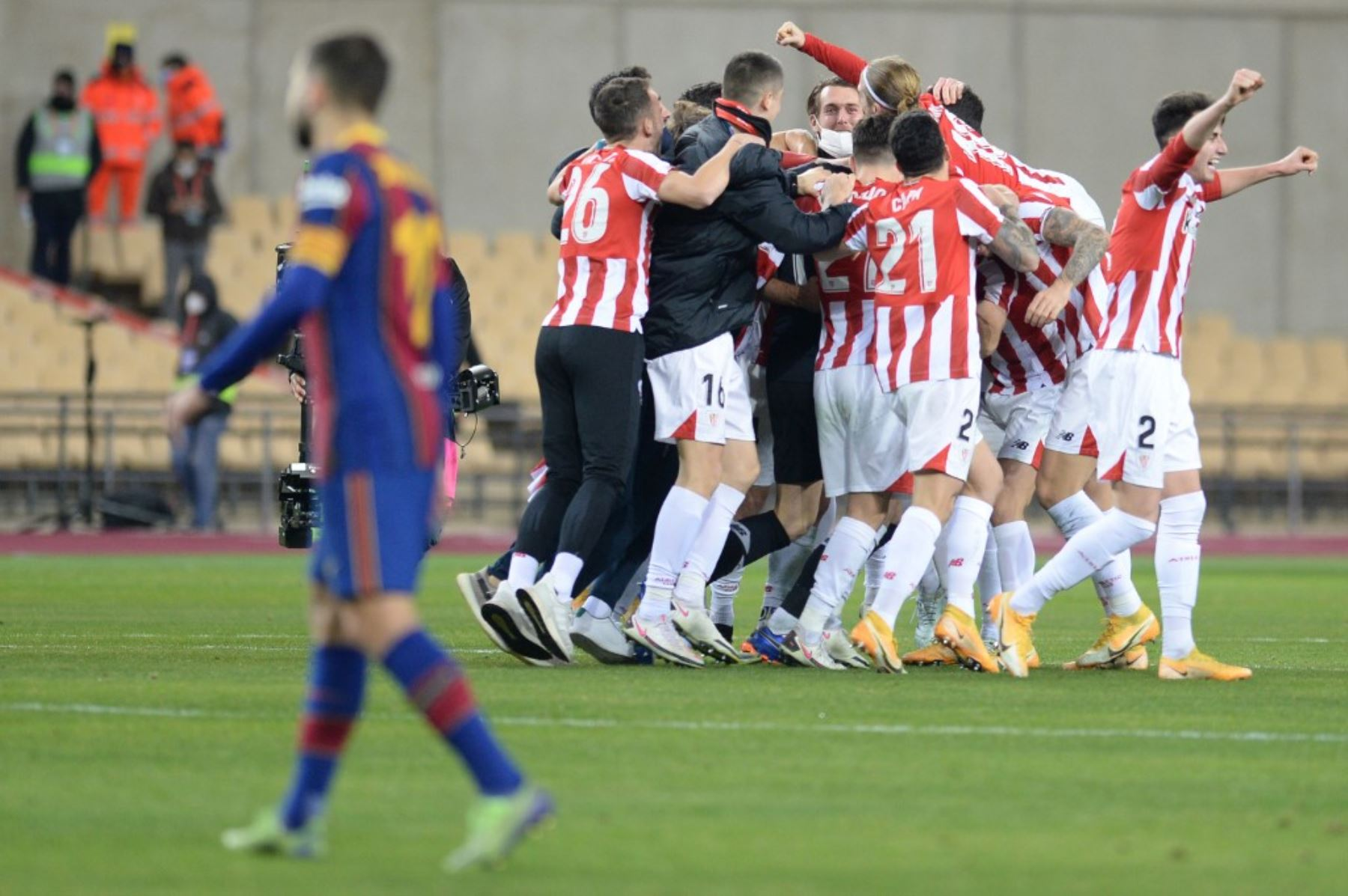 Athletic de Bilbao derrota a Barcelona en la final de la Supercopa de España