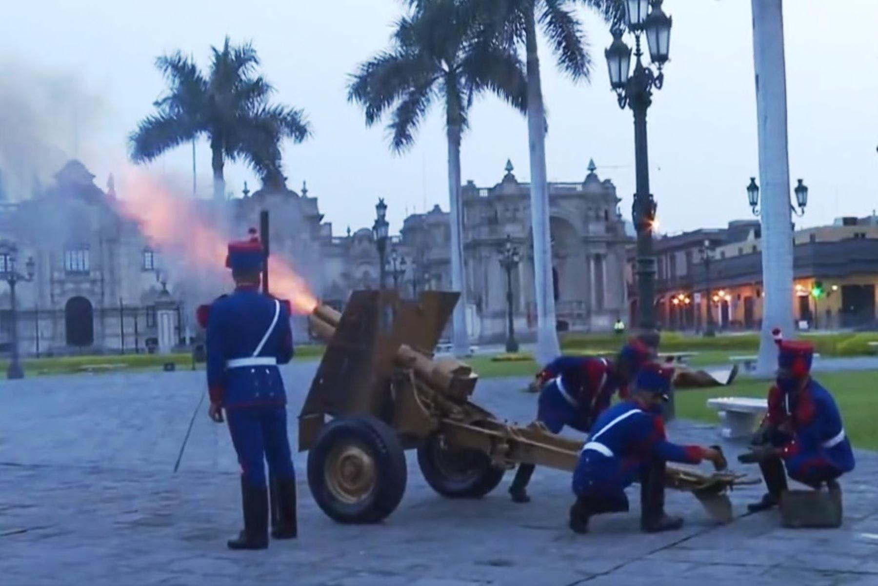 Con tradicionales camaretazos se inician celebraciones por el 486 aniversario de Lima. Foto: ANDINA/Difusión.