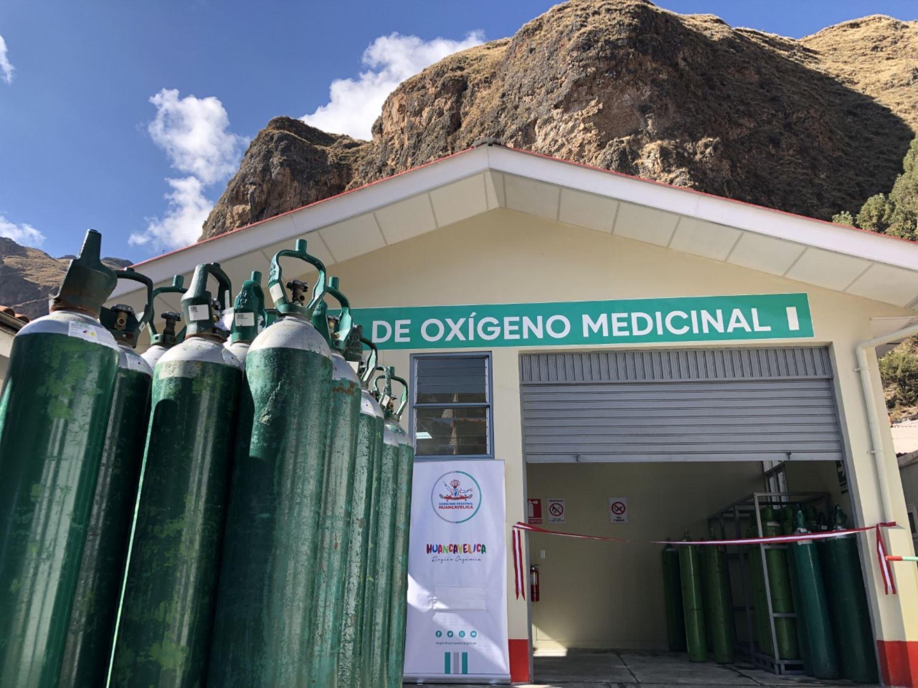En Huancavelica entregarán gratis oxígeno medicinal a quienes lo necesitan. Los familiares de pacientes enfermos con coronavirus covid-19 deberán presentar la receta médica para recibir el vital insumo.