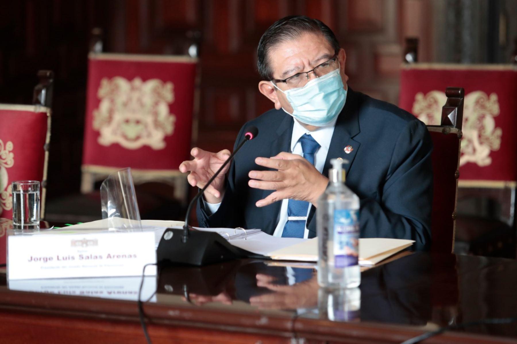 Jorge Luis Salas, presidente del JNE, participó en la reunión del Consejo de Estado.