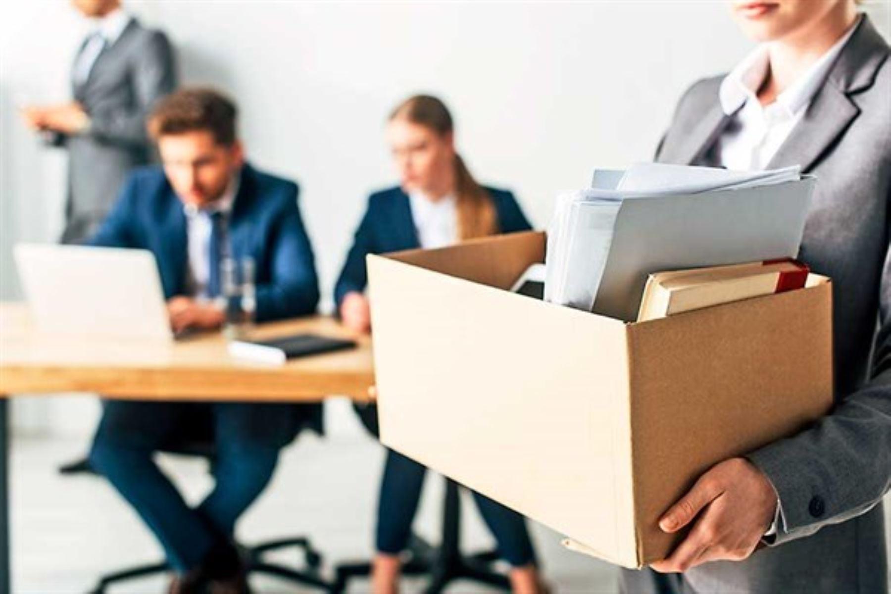 Establecen prohibiciones para contratación y nombramiento de personal público