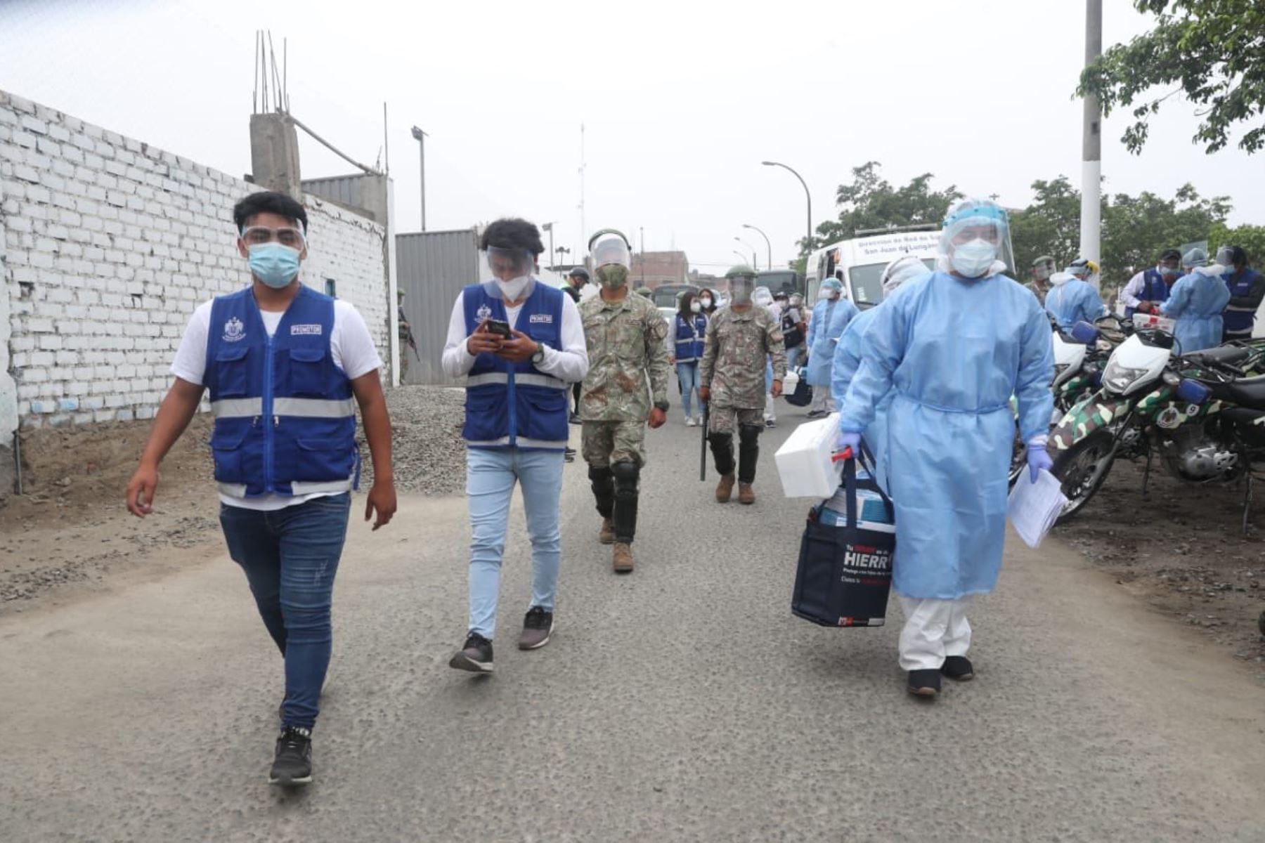 El Ministerio de Defensa, supervisa una nueva intervención de la operación TAYTA en la zona Cruz de Motupe de San Juan de Lurigancho. Foto: ANDINA/MINDEF