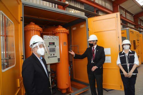 Presidente Francisco Sagasti participa en la presentación de planta de oxígeno medicinal en Lurín