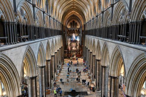 Una catedral del Reino Unido se convierte en un templo de la vacunación