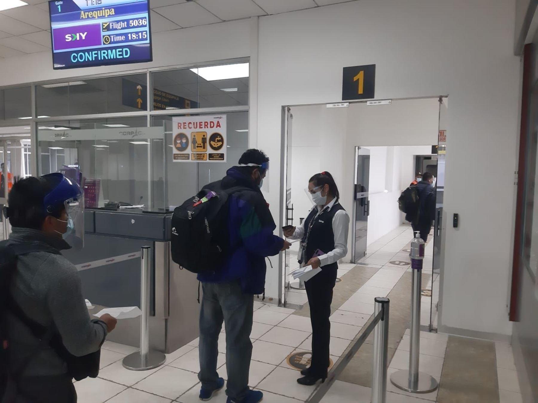 Aerolínea Sky reinicia sus vuelos interregionales en la ruta Cusco-Arequipa. ANDINA/Difusión