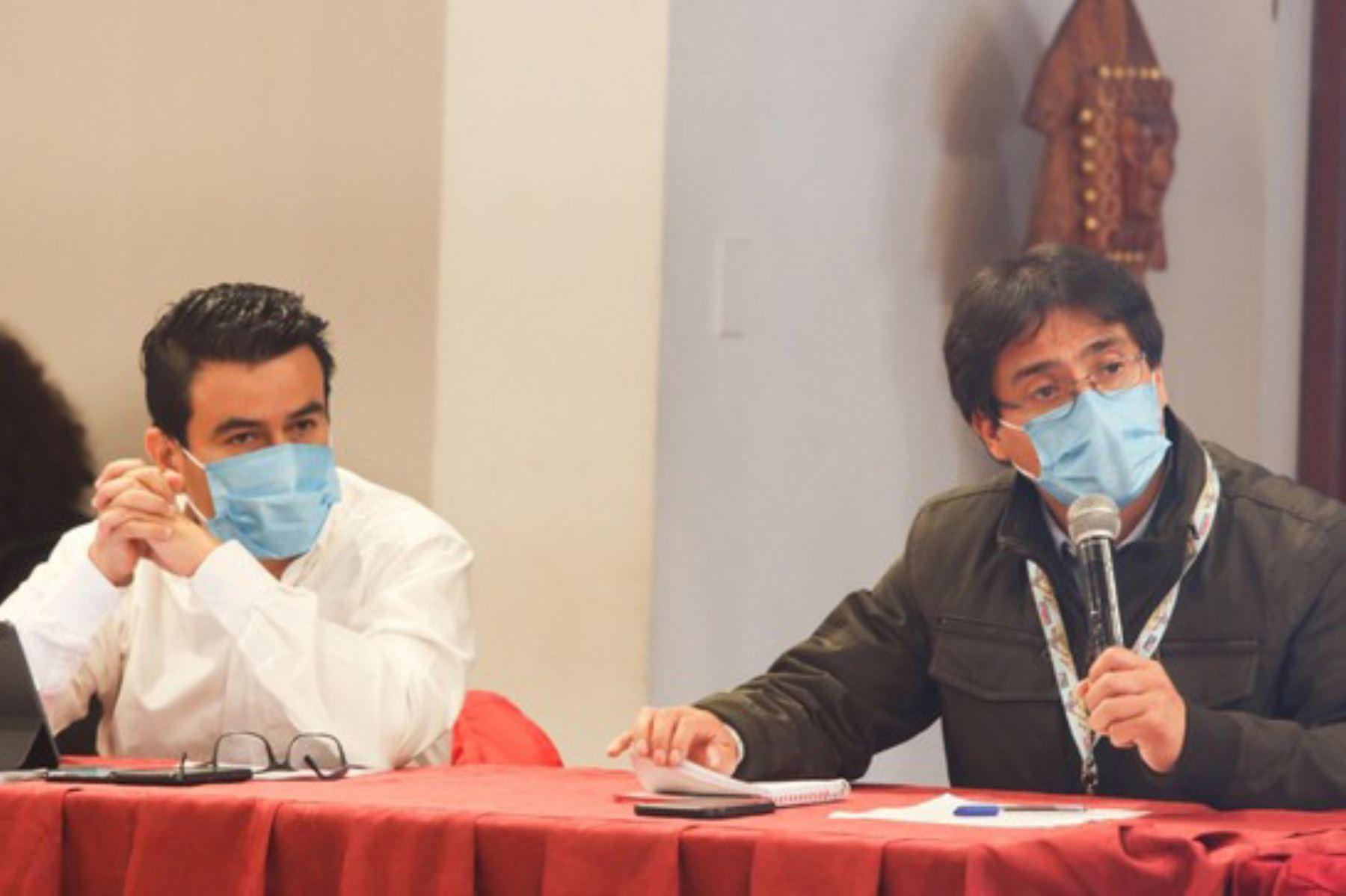 El gobernador regional del Cusco, Jean Paul Benavente García, lamentó la actitud de las concesionarias y convocó a que en una próxima reunión se logren consensos. Foto: ANDINA/Difusión