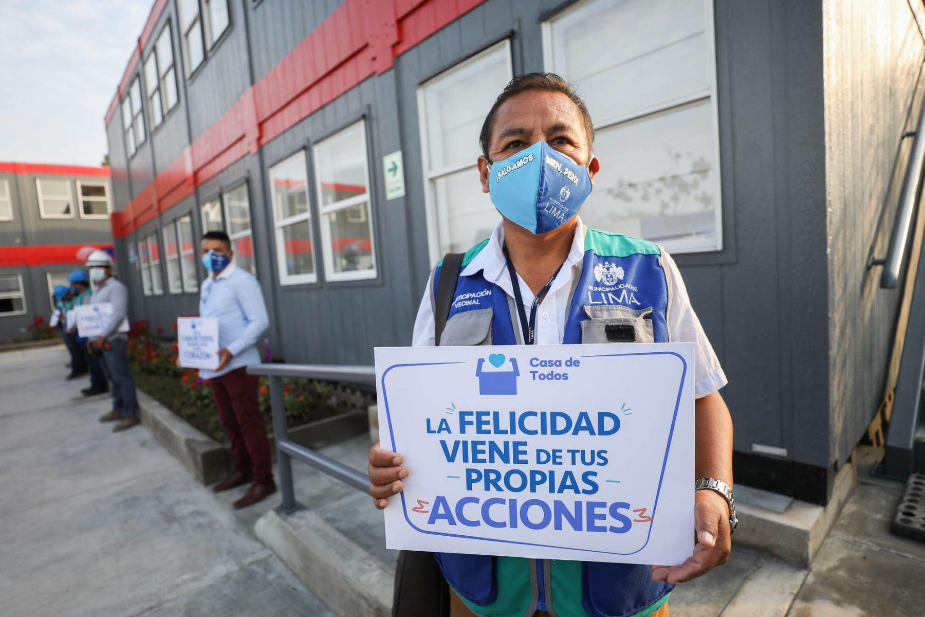 El alcalde de Lima Jorge Muñoz, presenta la Casa De Todos permanente en la urbanización Palomino, en el Cercado, que podrá acoger a 80 personas en situación de calle y promover su reinserción en la sociedad. Foto: Municipalidad de Lima