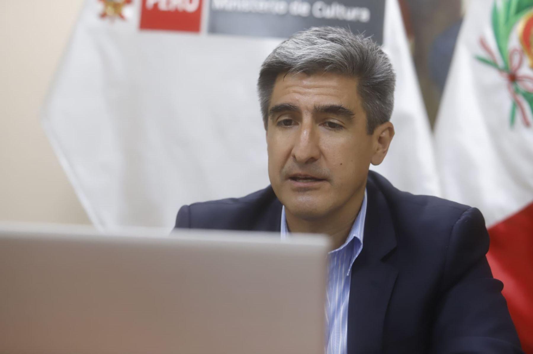 Ministro Neyra destacó aportes del documento. ANDINA/Difusión
