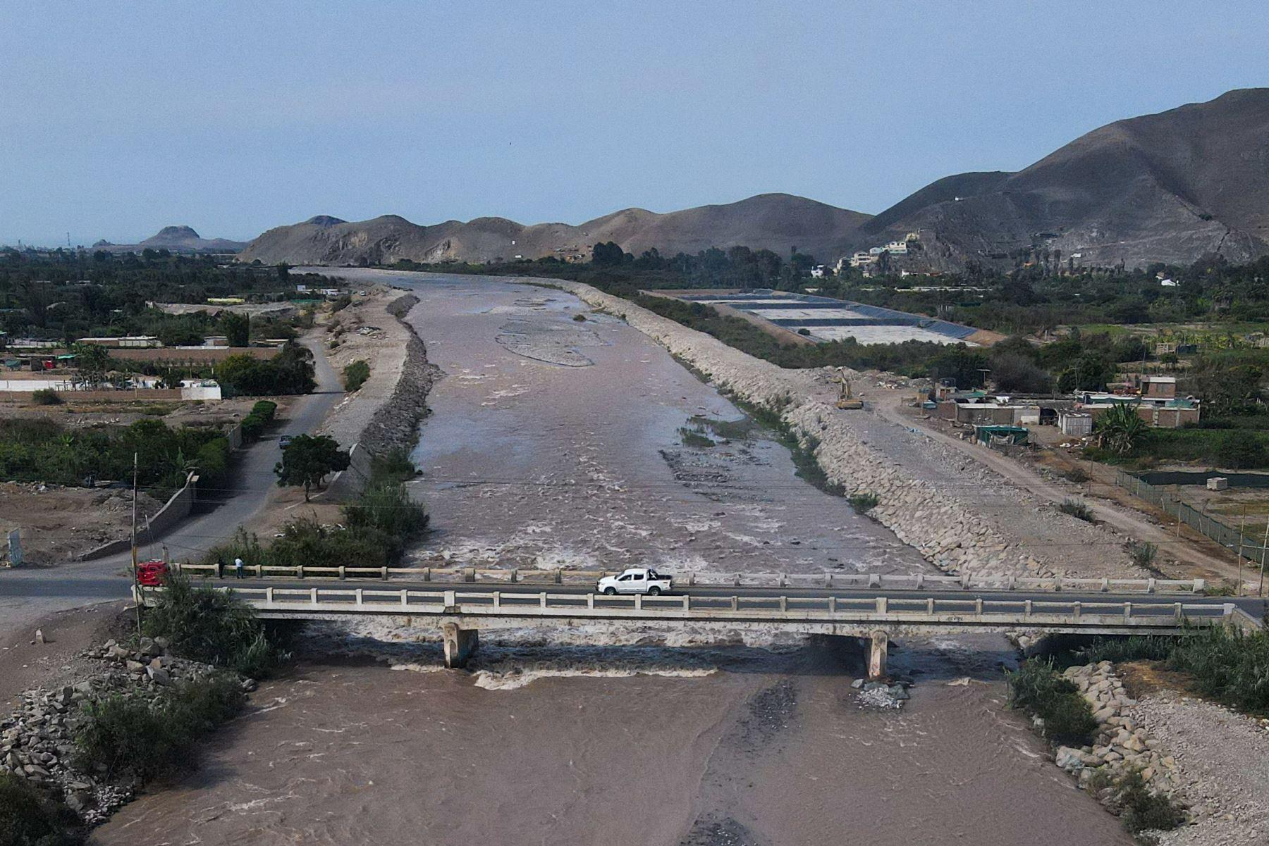 La Autoridad para la Reconstrucción con Cambios inaugura la rehabilitación de las defensas ribereñas del río Mala, que permitirá proteger a 4,778 agricultores y sus viviendas. Foto: ARCC