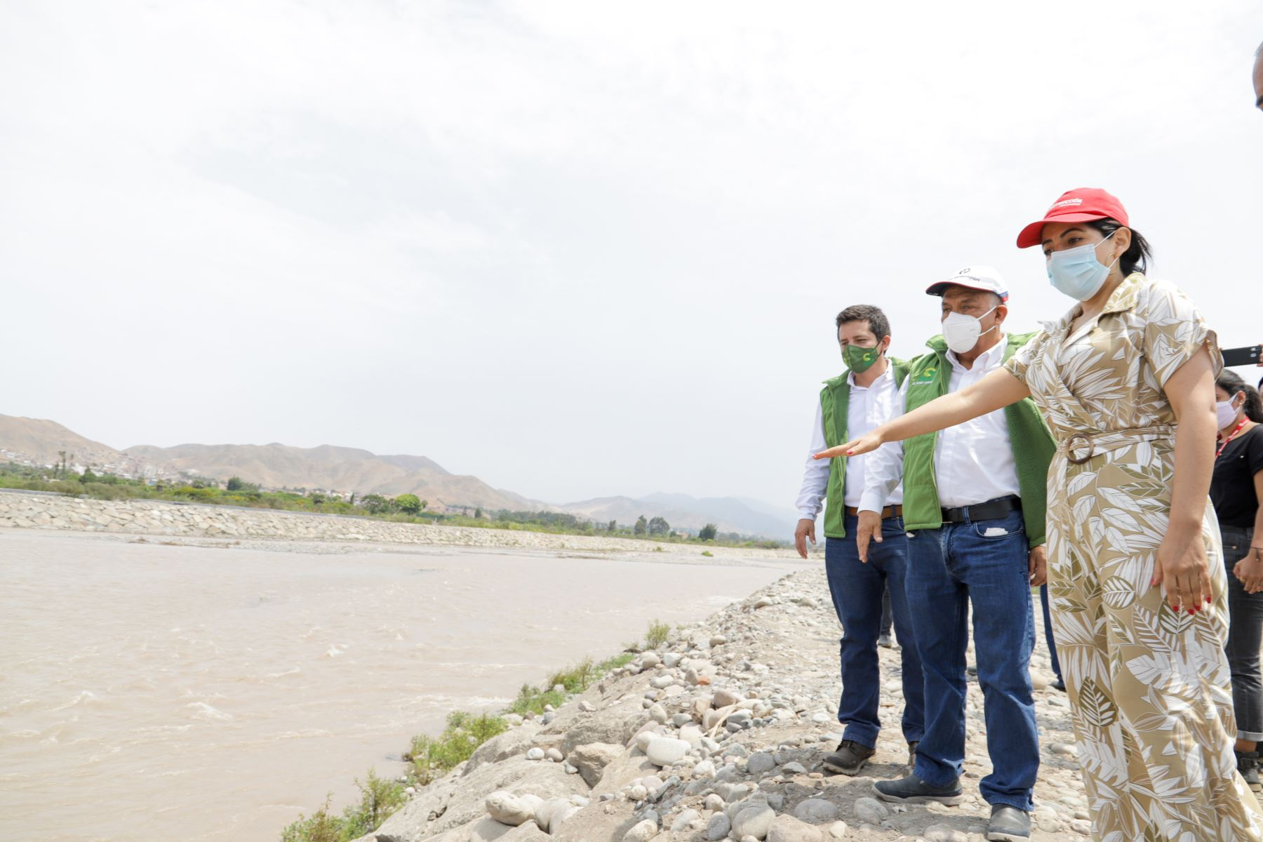 La Autoridad para la Reconstrucción con Cambios inaugura la rehabilitación de las defensas ribereñas del río Mala. Foto: ARCC