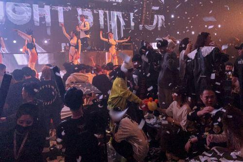 Wuhan quedó cortada del mundo durante 76 días entre enero y abril. Foto: AFP