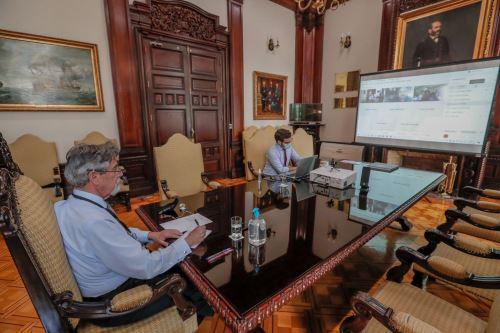 Presidente Francisco Sagasti continua con las reuniones virtuales de trabajo con los diferentes grupos parlamentarios