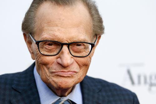 Murió legendario periodista y presentador estadounidense Larry King