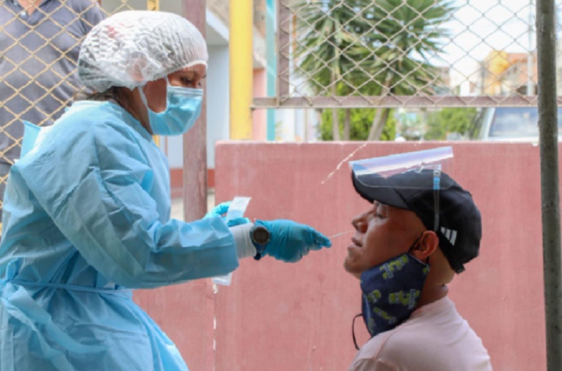 minsa-14951-pacientes-estan-hospitalizados-por-covid-19